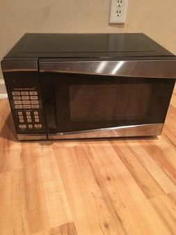Hamilton Beach 0.9 cu ft 900W Microwave Oven Kitchen Essenti