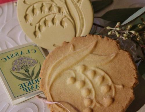 lily valley cookie stamp
