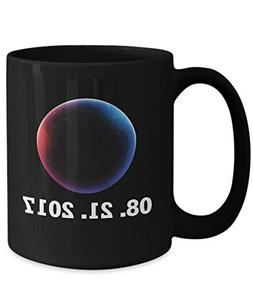 Total solar eclipse Mugs, Path of totality the colorful Vers